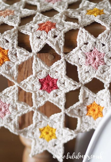 Lululoves Crochet Star Posy Table Runner