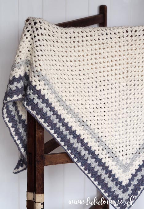 Lululoves: Crochet Granny Shawl