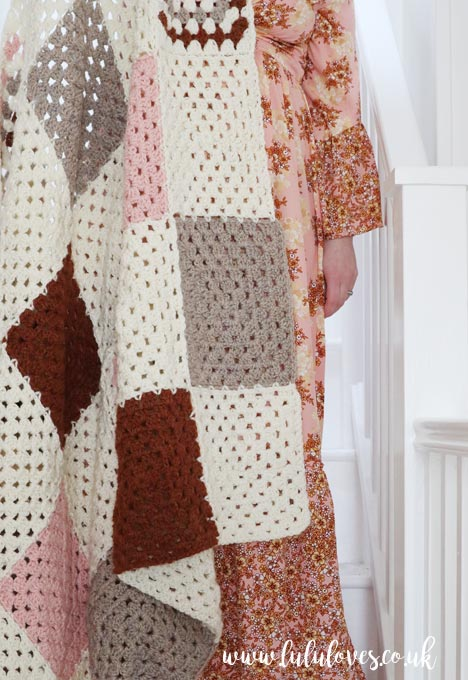 Lululoves | Crochet Farmhouse Blanket