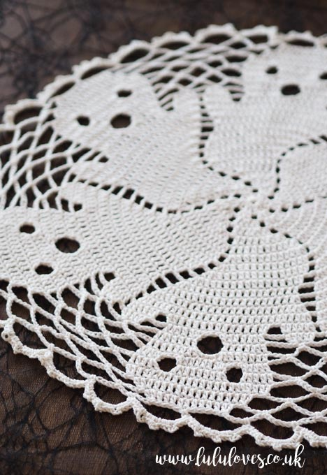 Lululoves Crochet Podcast Episode 17 | Crochet Boo Doily