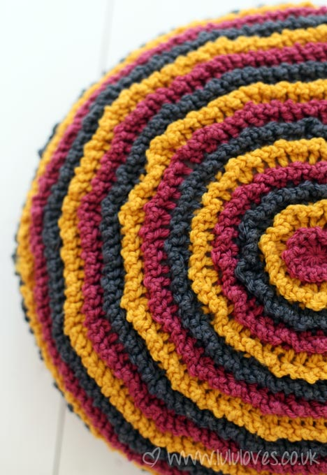 Crochet Round Ruffle Cushion - Lululoves