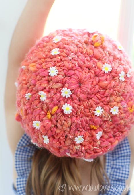 Lululoves - Crochet Hat, Knit Collage Yarn