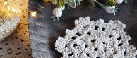 Free Crochet Pattern - Snowflake Coasters